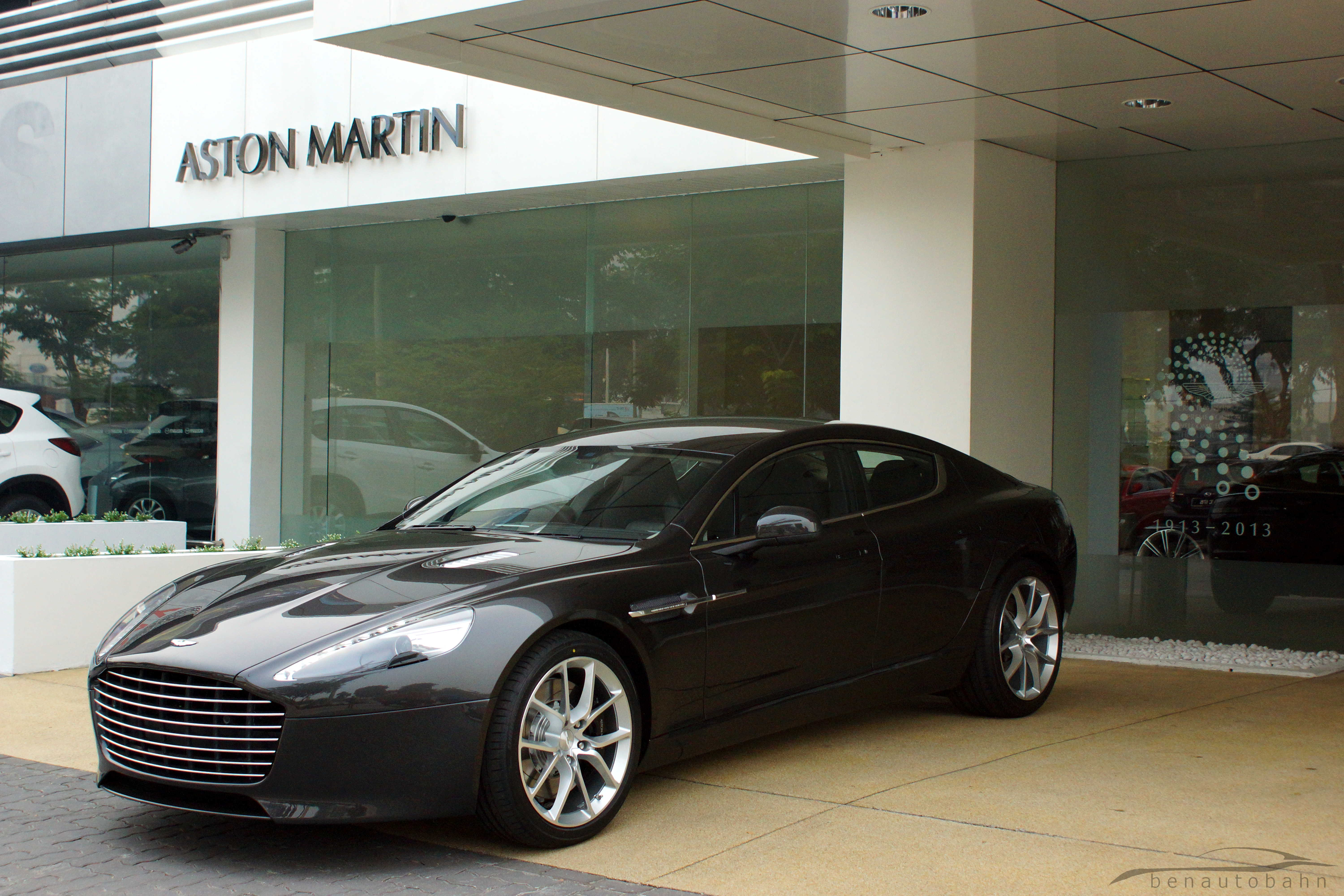 aston martin rapide s car diary. Black Bedroom Furniture Sets. Home Design Ideas